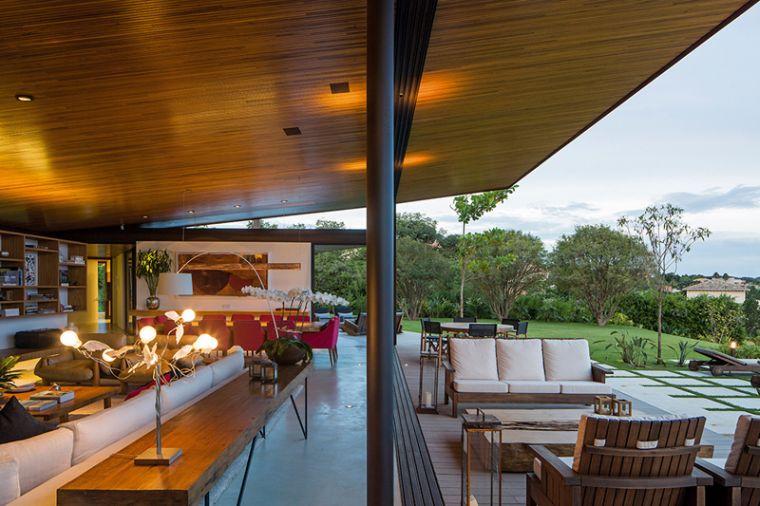 maison-bois-terrasse-design-moderne